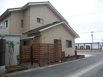 http://www.niwanone.jp/garden/example/2012/12/post-25.html